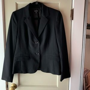 Size 6 Nine West black blazer